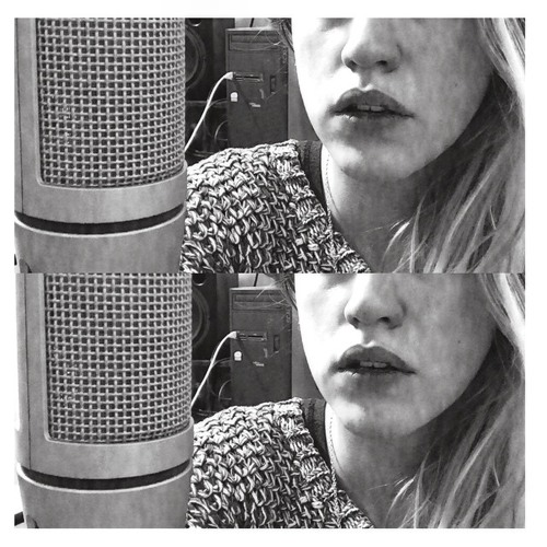 Maria Baker's avatar
