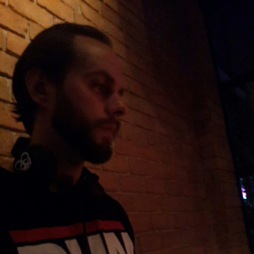 DJ Lows's avatar