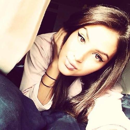 Andrea Harris's avatar