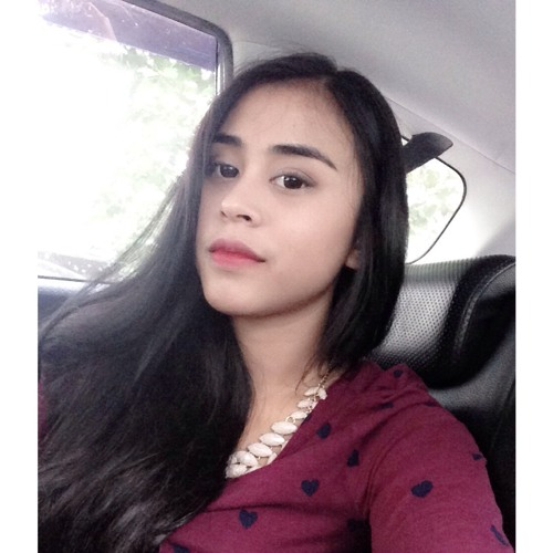 Putri Dewinta's avatar