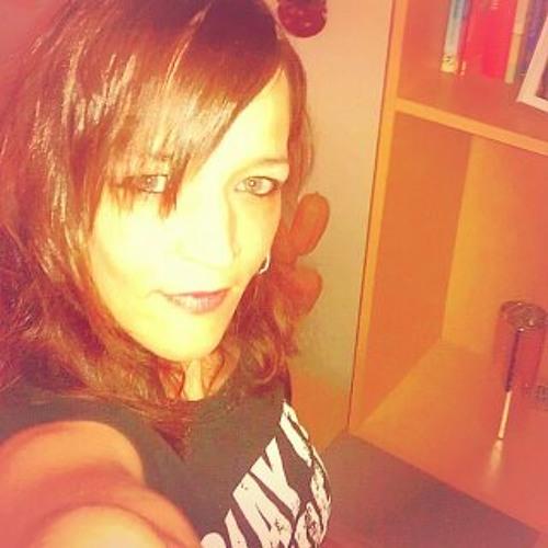 Anica Nienhaus's avatar