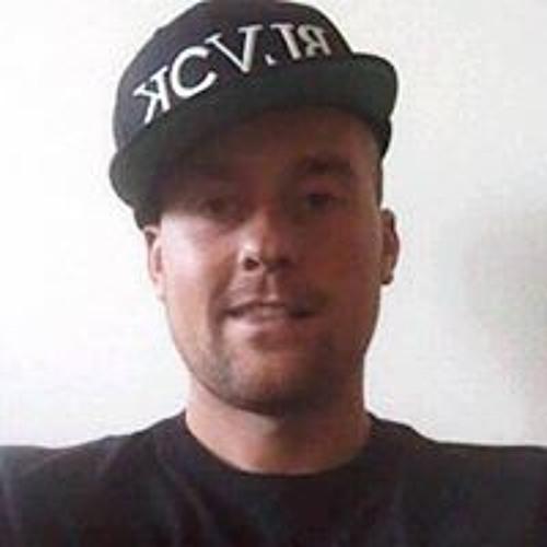 Kenneth Kamvig's avatar