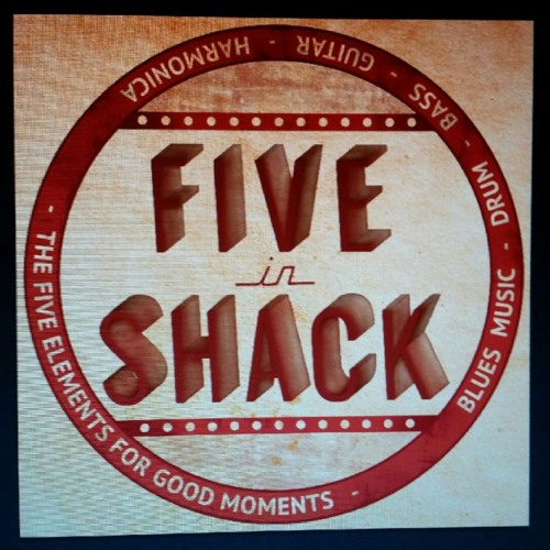 FIVE IN SHACK's avatar