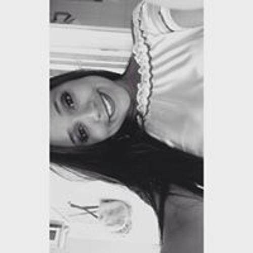 Thalia Barbosa's avatar
