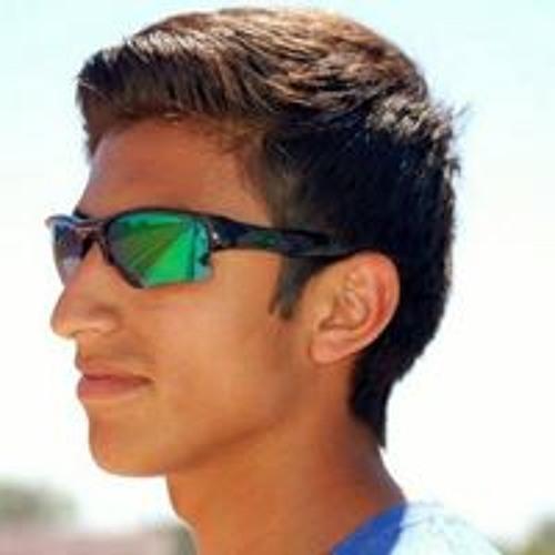 Chris Ceja's avatar