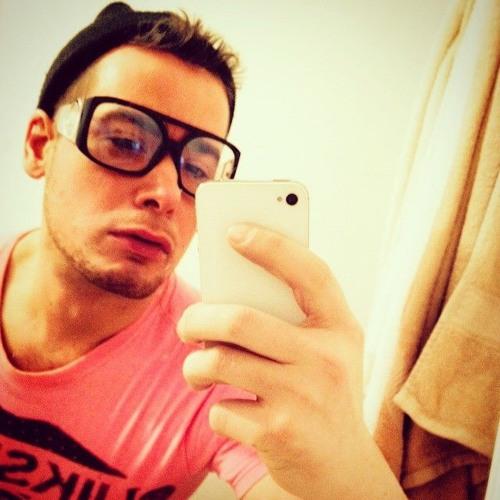 Kevin Clamato's avatar