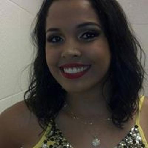 Caroline Morena's avatar
