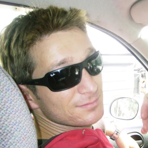 Luis Salva Villar's avatar