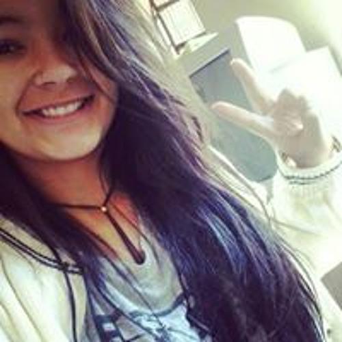 Marina Vaz's avatar