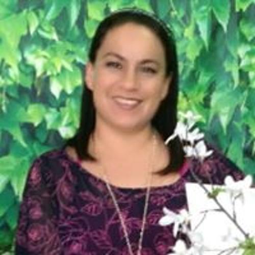 Claudia Castillo's avatar
