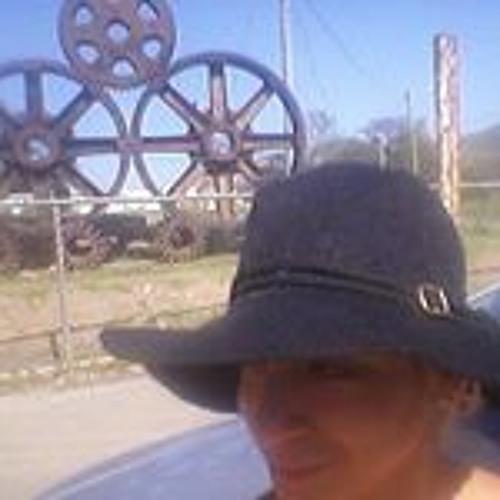 Ishkish Hernandez's avatar