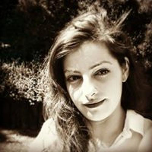 Carolin Thr's avatar