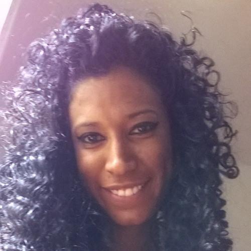 Ivonne Navas's avatar
