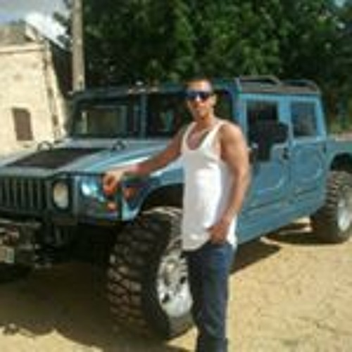 Black Stone Hernandez's avatar