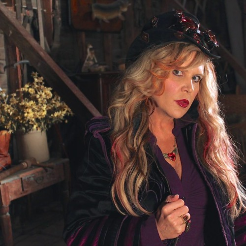 Julie Myers ~Nearly Nicks's avatar
