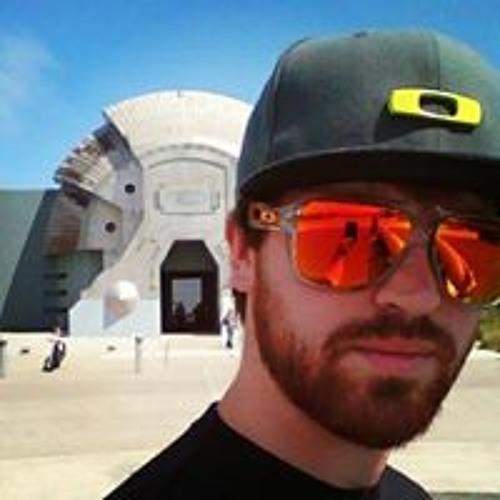 Lee Hogan's avatar
