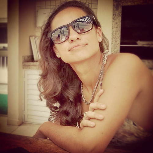 Natália Balestrin's avatar