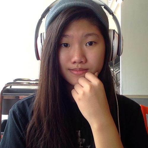 Chrystal Chong's avatar