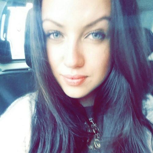 Kasia Karolak's avatar