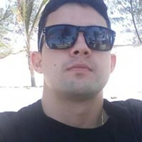Michael Arrais's avatar