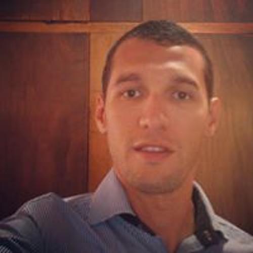 Enrique Gonzalez Benitez's avatar