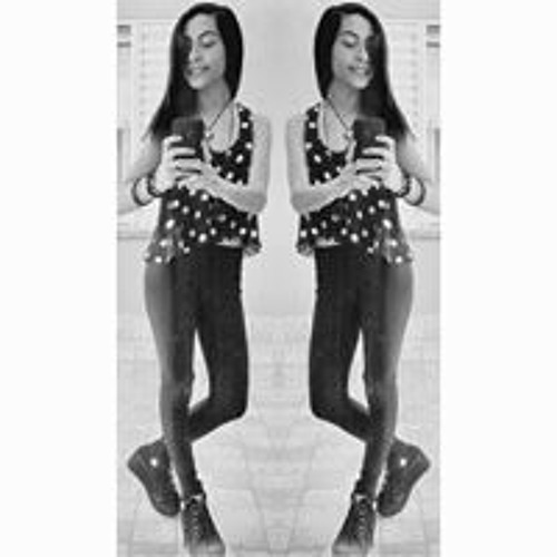 Lourdes Mare Godino's avatar