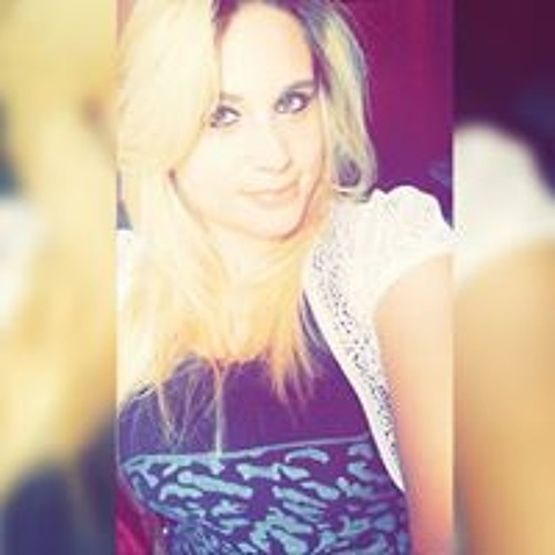 Miriam Lustosa's avatar