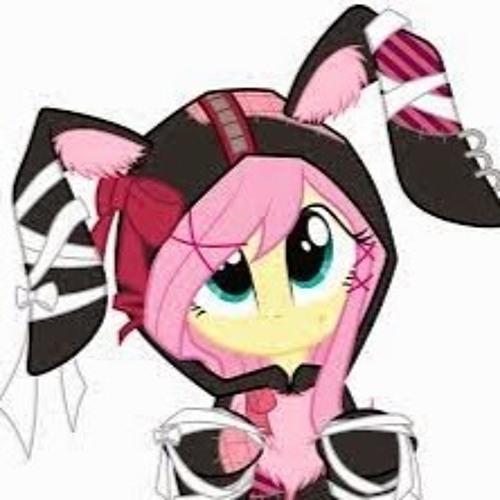 Sally Lewis's avatar