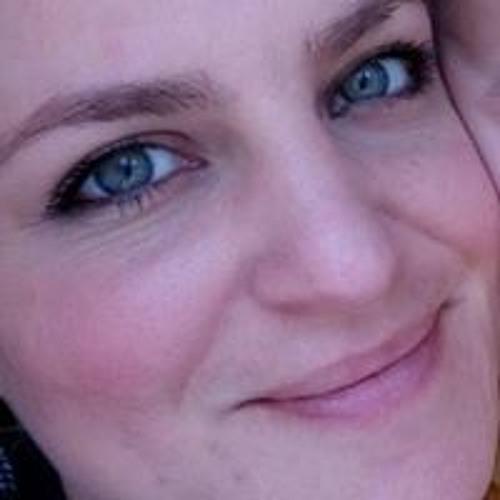 Sarah Iles's avatar