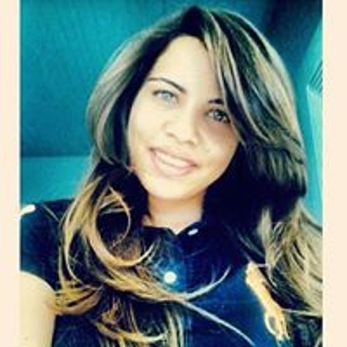 Bruna Leal's avatar