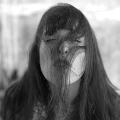 EMMA MAI's avatar