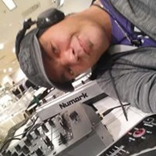 Ray Woda's avatar