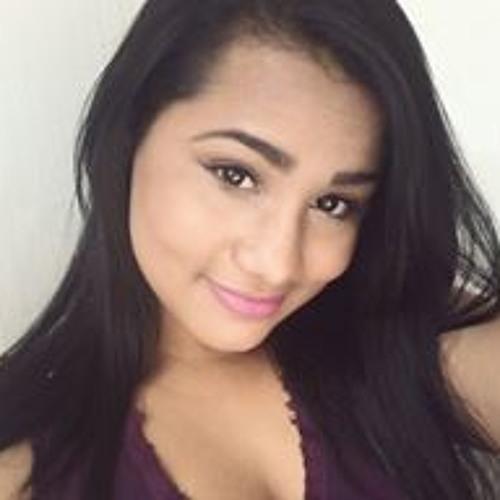 Milena Vicente's avatar