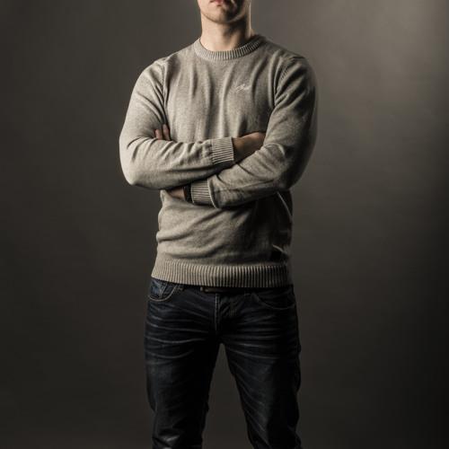 DJ Grandezza's avatar