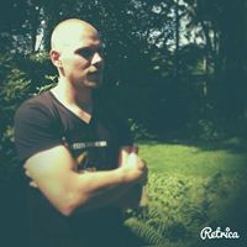 Markus Lee's avatar