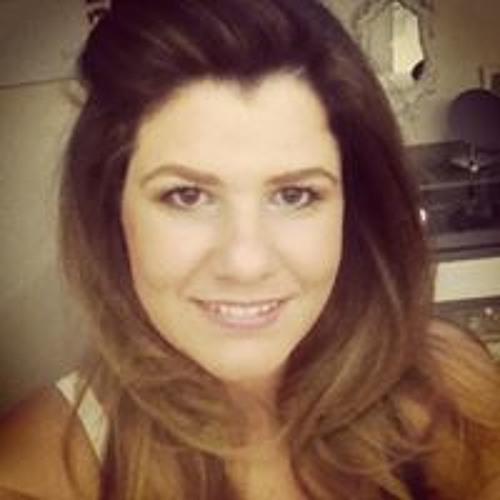 Tatiana Ribeiro's avatar