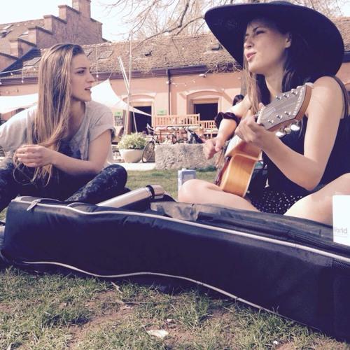 Julia&Emilia's avatar