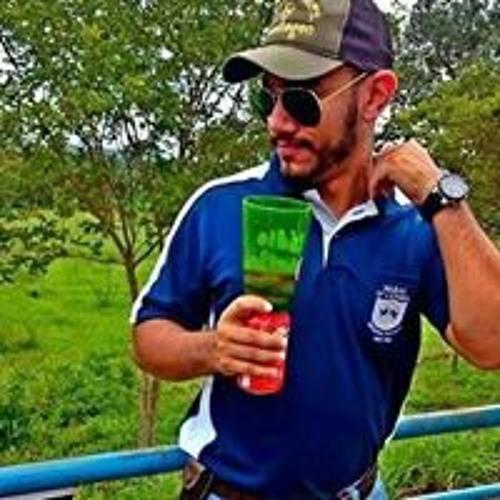Carlos Montalvão's avatar