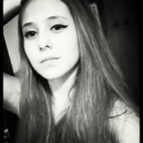 Carla Moura Gomes's avatar