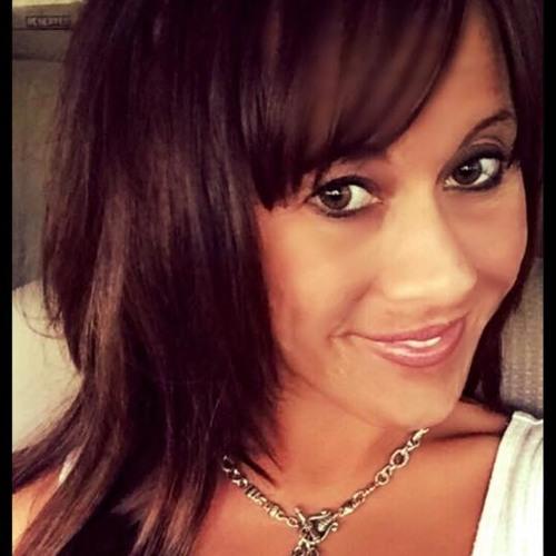 Christina Lee Johnson's avatar