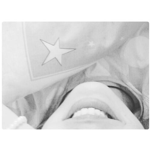 emi.lee's avatar