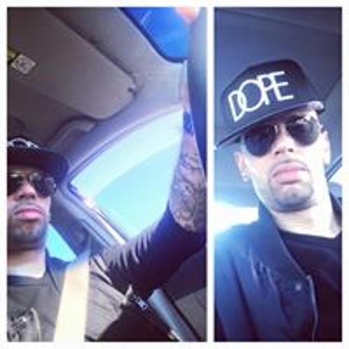 Nelson Reyes's avatar