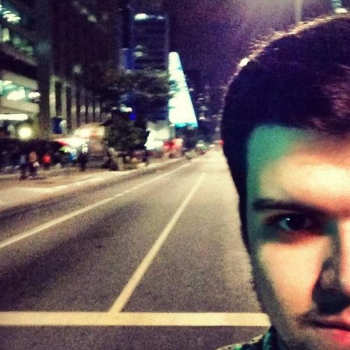 Lucas Padilha's avatar