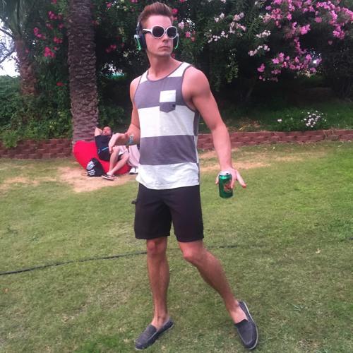 Nick Gavin's avatar