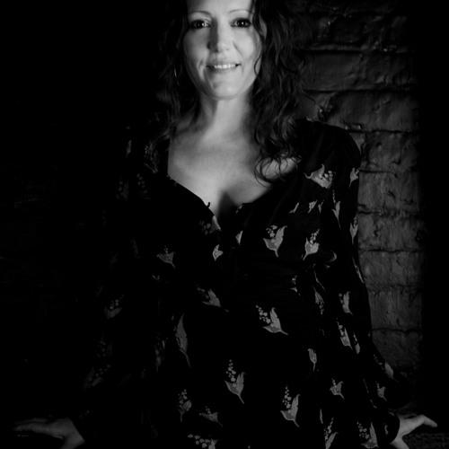 Caroline Loftus's avatar
