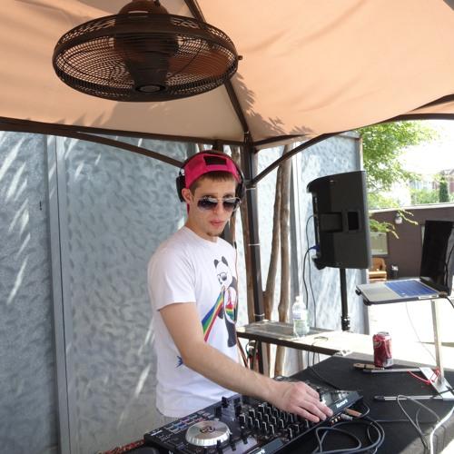 DJ MiKE D's avatar