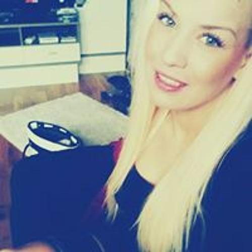 Anna Belle L's avatar