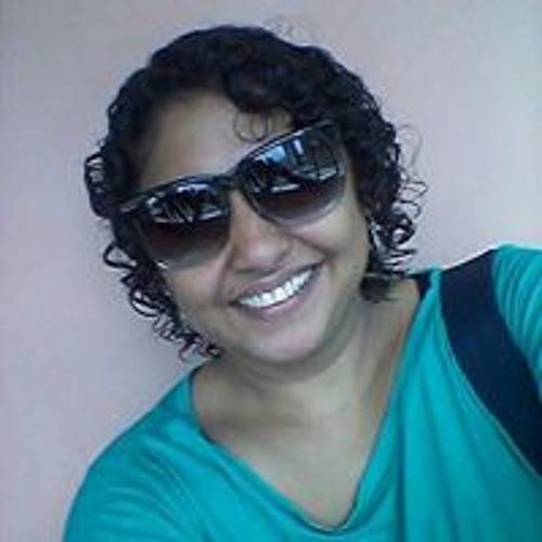 Claudene Neves's avatar
