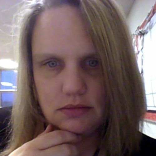 Betsy Woods's avatar