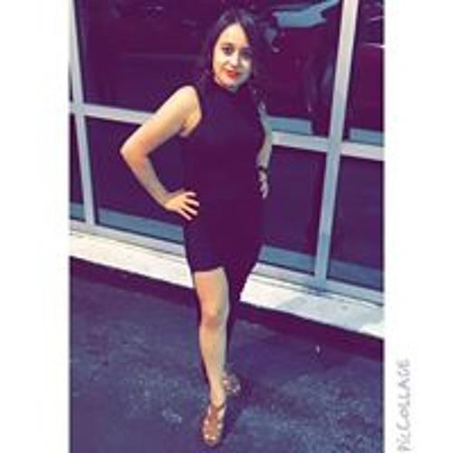Lily Garcia's avatar